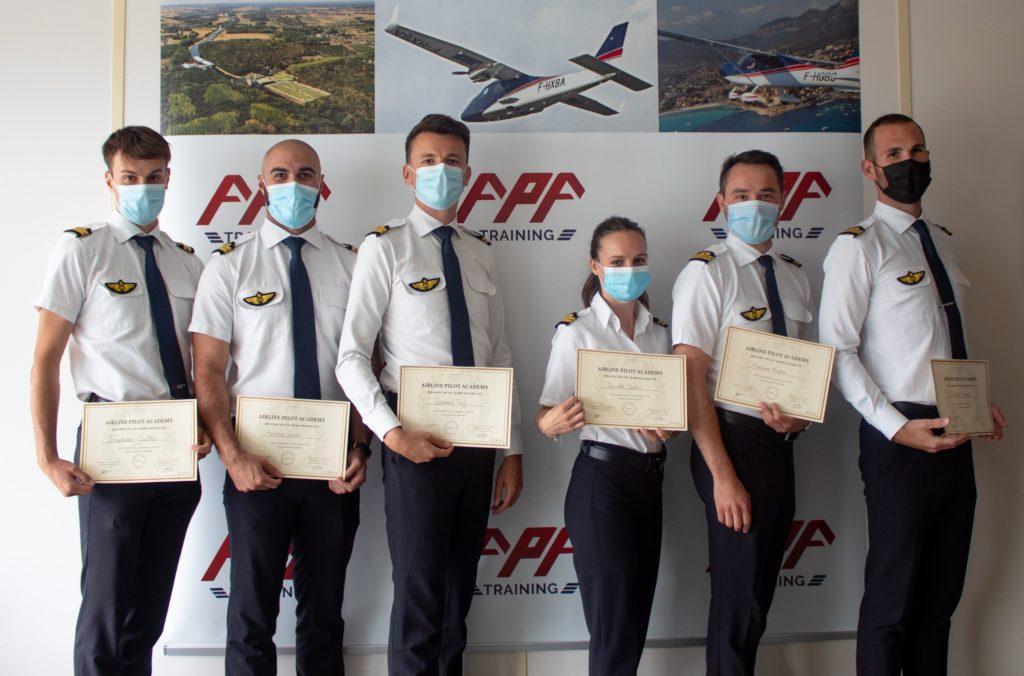6 nouveaux diplômés chez APA Training